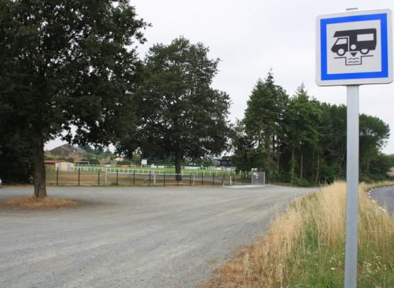 aire-camping-car-emplacement-beaupreau