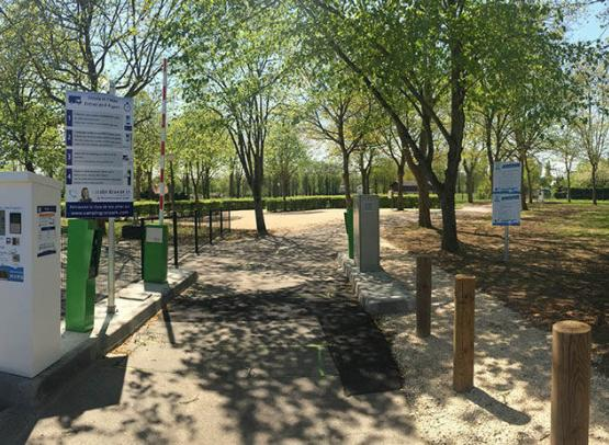aire-stationnement-camping-car-campingcarpark-montrichard©Campingcarpark (1)