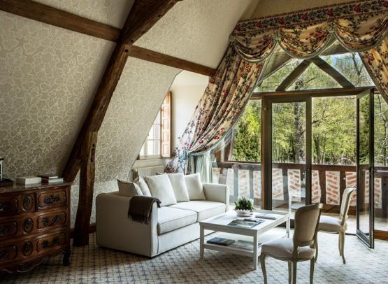 Domaine-des-Hauts-de-loire-Room-27-suite-demeure-salon-Onzain©Domaine-des-hauts-de-Loire
