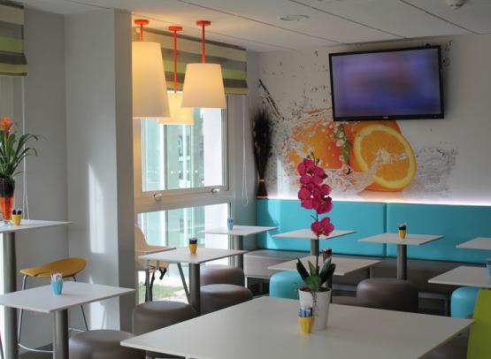 First-Inn-Hotel-salle-petit-dejeuner-Blois©First-Hotel-Blois