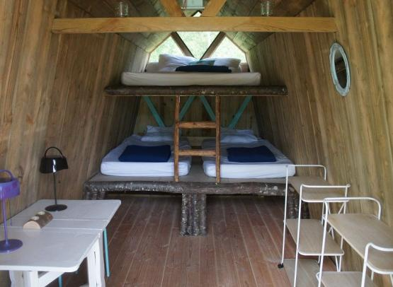 Camping L'heureux hasard cabane famille campagne