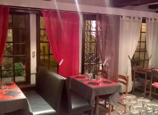 La maison Rouge Chinon (4)