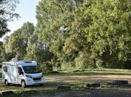 aire-camping-car-vieil-bauge-3