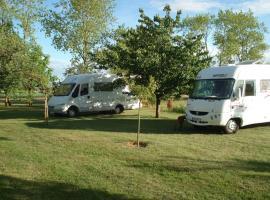 camping cars dans le verger