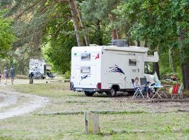 camping-huttopia-rille-aire-camping-car