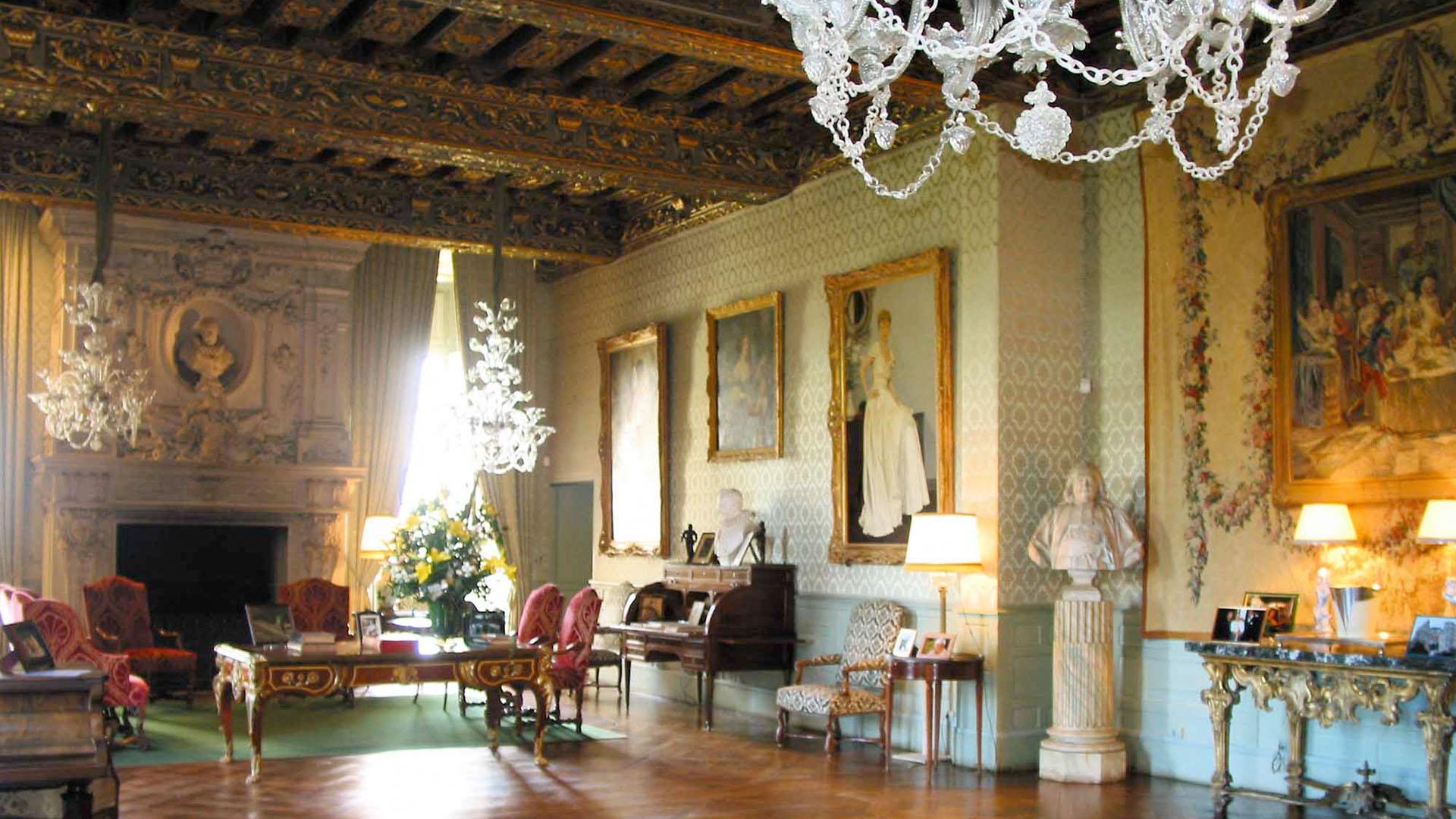 Besonders wertvoll: Ein prächtiges Interieur, Das Loiretal, ein ...